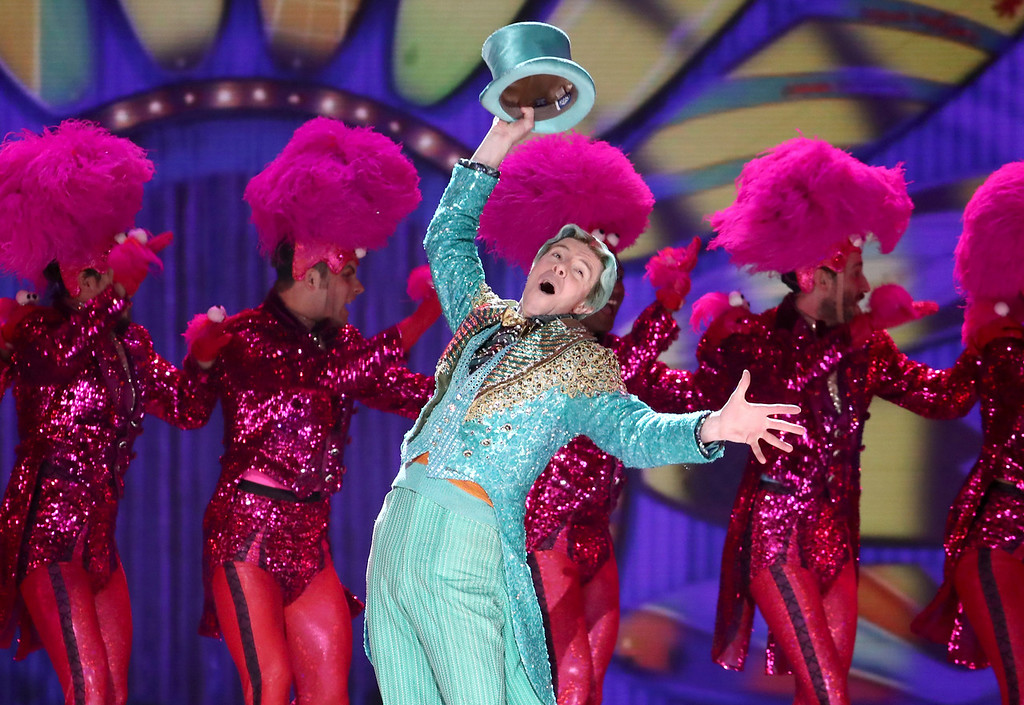 ". Gavin Lee, of ""SpongeBob SquarePants:The Musical\"" performs at the 72nd annual Tony Awards at Radio City Music Hall on Sunday, June 10, 2018, in New York. (Photo by Michael Zorn/Invision/AP)"