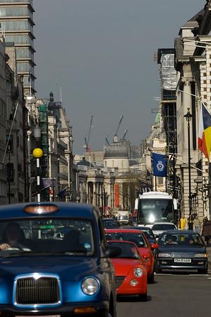 Traffic on Pall Mall, SW1, London, United Kingdom