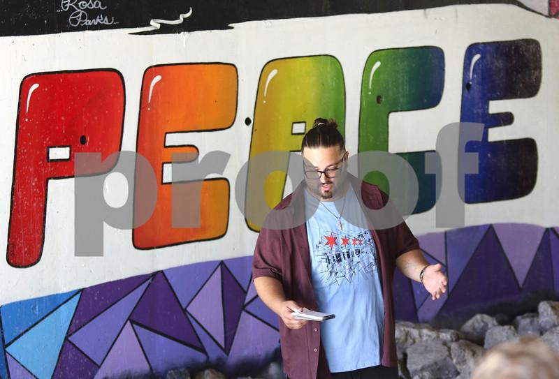 dc.0619.mural ribbon cut