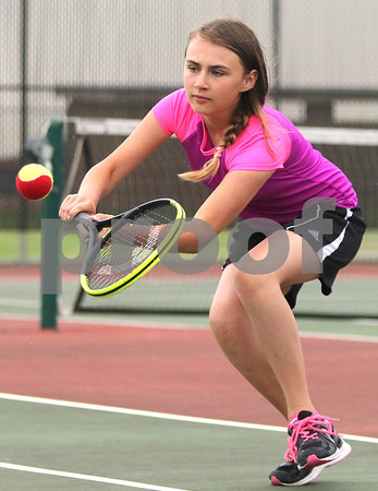 dc.sports.0622 dek tennis03