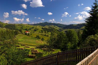 Europe, Romania, Moldavia ,Bucovina, landscape seen from Ciumarna Pass