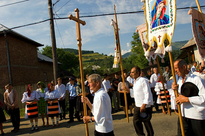 Europe, Romania, Maramures, Salistea De Sus village, religious festival due to a visit by Patriarch, (bishop); villagers put on traditional Maramures dress