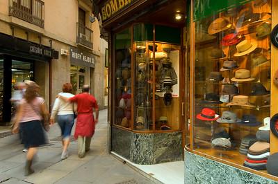 """Hat shop """" OBACH """", Carrer del Call,2, Barri Gotic, Barcelona, Catalonia, Spain"""