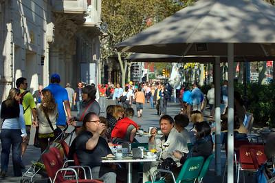 Sidewalk cafe-bar on Passeig de Gracia, The Eixample, Barcelona, Catalonia, Spain