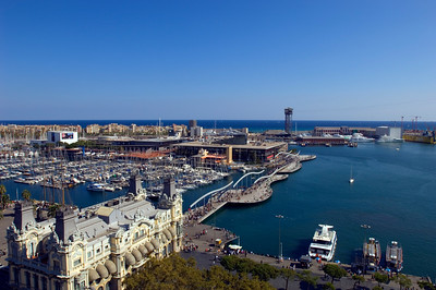 View of harbour and Port Vell, Barcelona, Catalonia, Spain