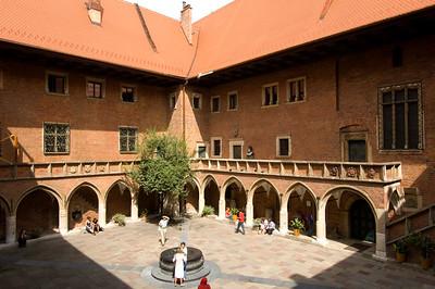 Poland, Cracow, Collegium Maius of Jagiellonian University, courtyard
