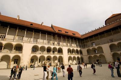 Poland, Cracow, Wawel Castle, yard