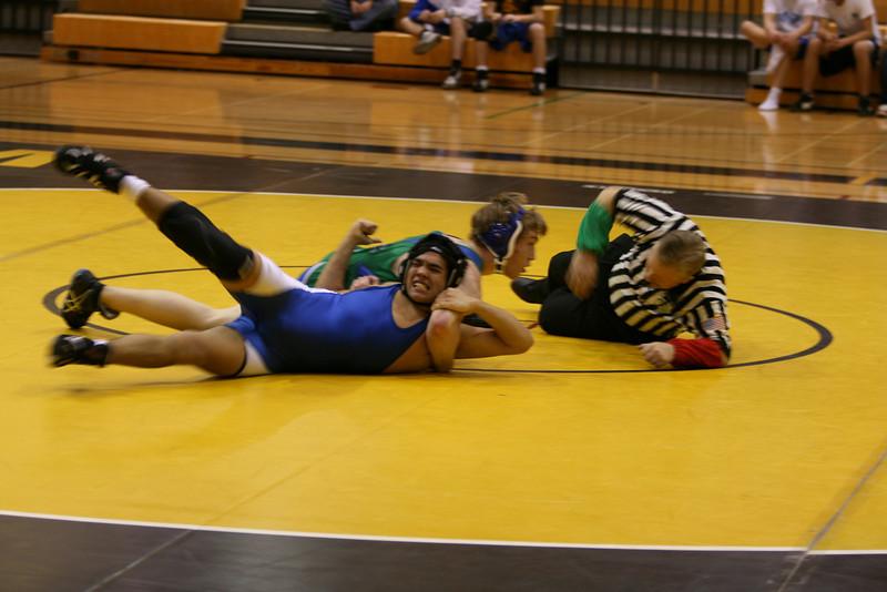 2007 12 13 wrestling dual dec 13 008