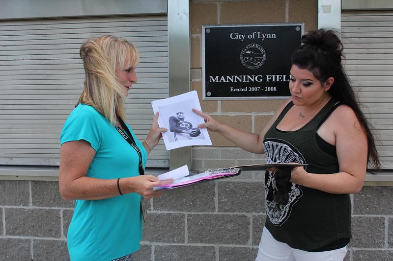 Lynn 071018-Owen-mural-manning-field01