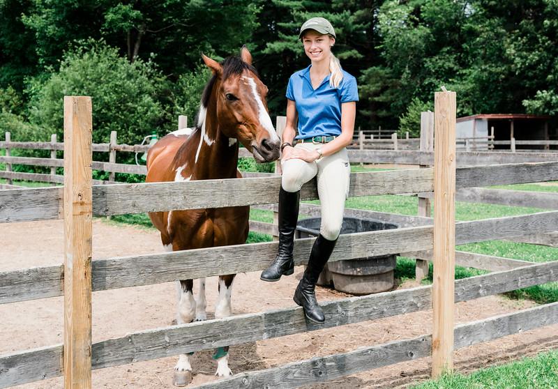 01907 Fall19 Chloe Smith equestrian 13