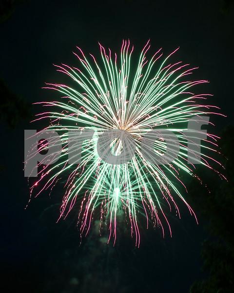 dekalb.fireworks24