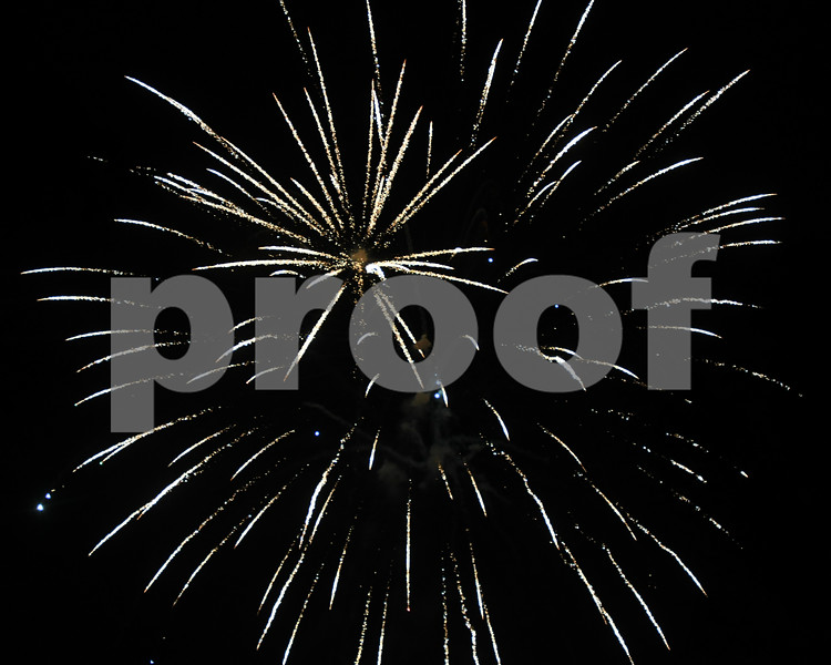dekalb.fireworks21
