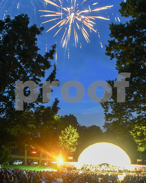 dekalb.fireworks17