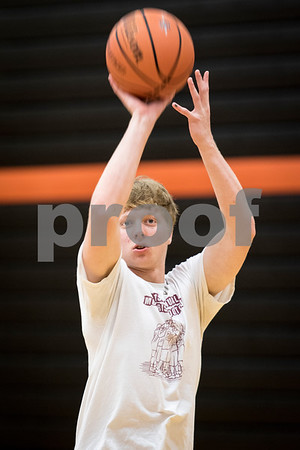 Sam Buckner for Shaw Media.<br /> Mikey Vilet practices shooting 3 pointers during practice on Thursday July 6, 2017.