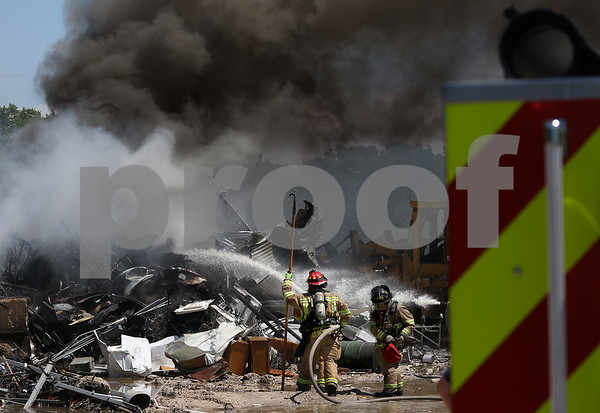 dnews_0707_Syco_Fire_04