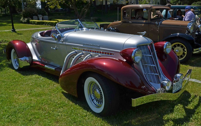 Paul DiCicco — The News-Herald <br> A 1936 Auburn convertible shown by the NEO Model A Club.