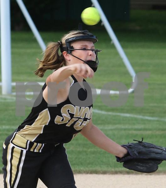 dc.sports.sycamore softball01