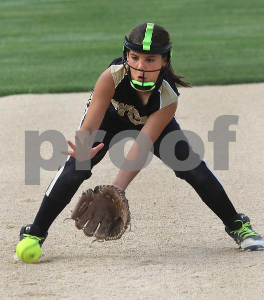 dc.sports.sycamore softball03