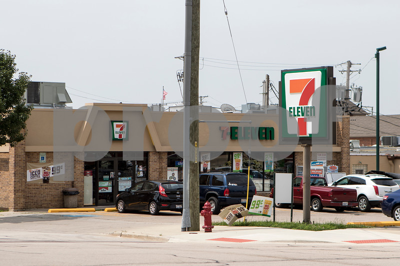 Sam Buckner for Shaw Media.<br /> A 7-11 at 404 W. State St. in sycmore photographed on Wednesday July 26, 2017 was robbed Monday night. all three suspects have been arrested.