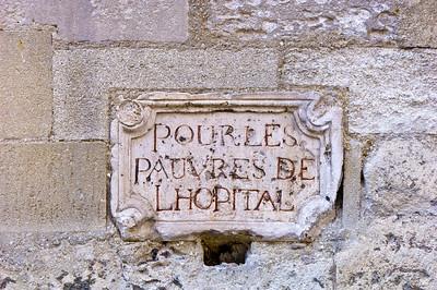 Europe, France, Provence, Villeneuve-Les-Avignon,  rue de la Hopital, detail and sign