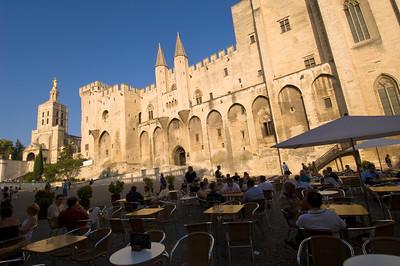 Europe, France, Provence, Avignon, restaurant on Place du Palais by Palais des Papes