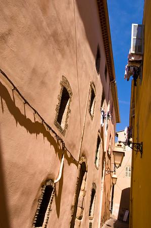 Europe, France, Provence, Frejus, architecture, street scene