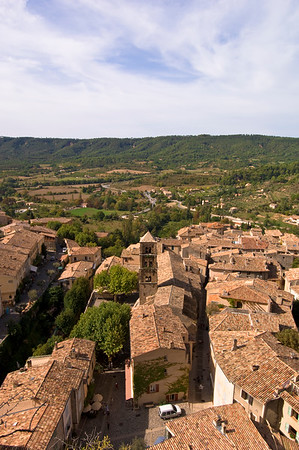 Europe, France, Provence, Moustiers-Ste-Marie, general view of town