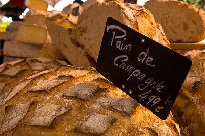 Europe, France, Provence, Moustiers-Ste-Marie, market