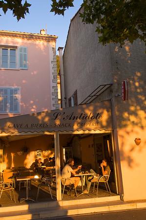 Europe, France, Provence, Aiguines, bar