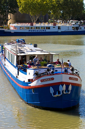 Europe, France, Provence, Camargue, Aigues-Mortes, tourist barge in harbour