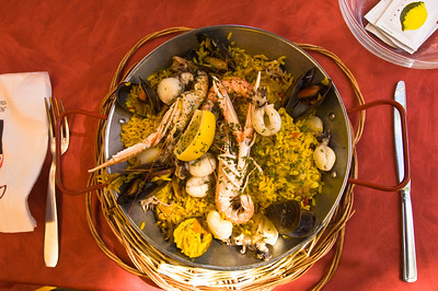 "Europe, France, Provence, Camargue, Aigues-Mortes, restaurant ""Casa Toro Luna"" specialises in Spanish cuisine and rice dishes as Camargue is main producer of rice in France; paella is served"