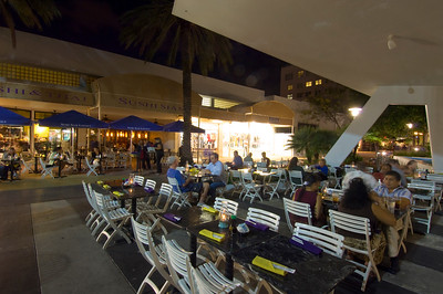 United States Of America, Florida, Miami, South Beach, Lincoln Road by night, alfresco eating, restaurant