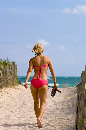 United States Of America, Florida, Miami, South Beach, beach, people strolling and having fun