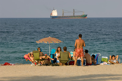 People relaxing on a beach, Fort Lauderdale, beach, Gold Coast, Florida, United States of America