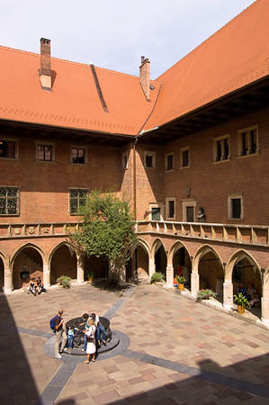 Poland, Cracow, Collegium Maius of Jagiellonian University, courtyard