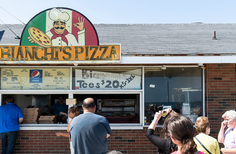 8 31 18 Bianchis Pizza closing 4