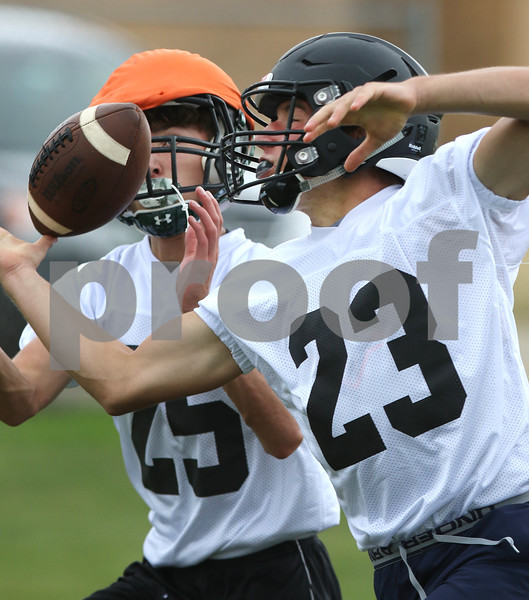 dc.sports.0807.sycamore football07