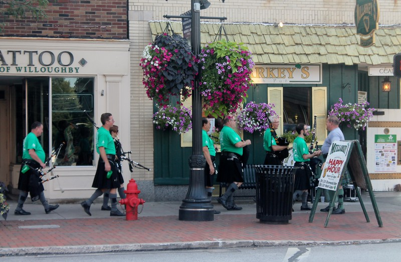 The Blacksheep Pipes and Drums played during the pub crawl. (Kristi Garabrant/The News-Herald)