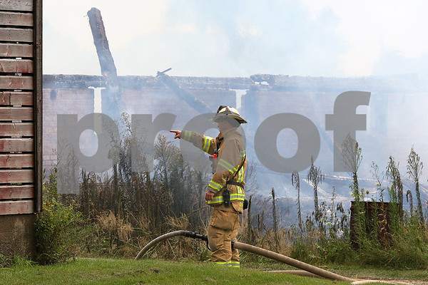 dnews_0809_Barn_Fire_07