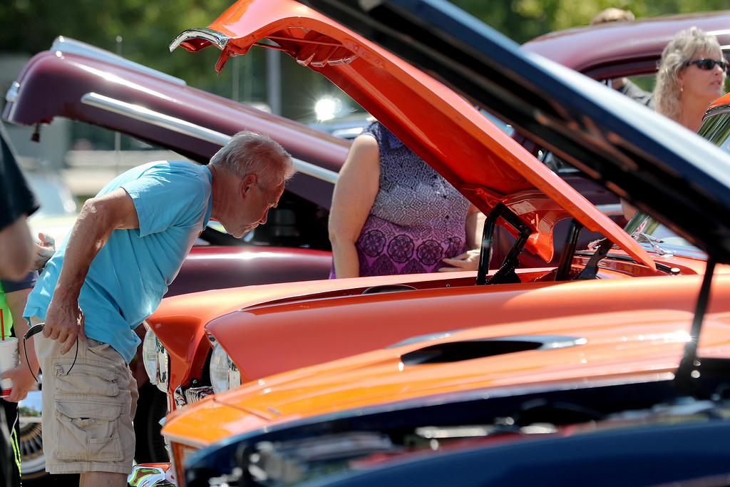 . Jonathan Tressler � The News Herald <br> A scene from the 2018 Mentor Cruise-In auto show at Civic Center Park Aug. 11.
