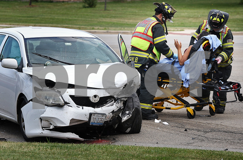 dnews_0816_Car_Crash_01