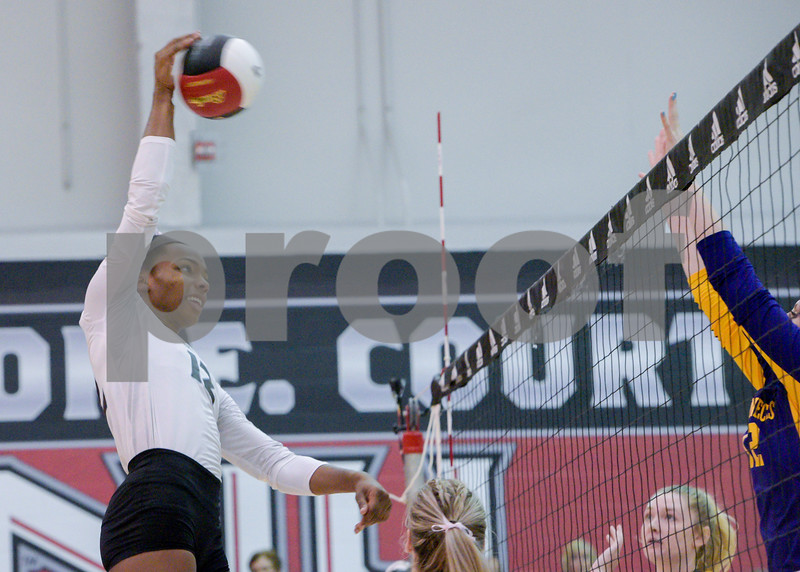 dc.NIU.WIU.womens.volleyball-12