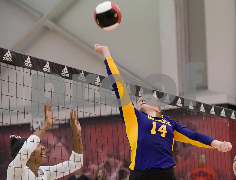 dc.NIU.WIU.womens.volleyball-8