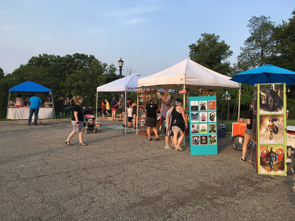 . Richard Payerchin � The Morning Journal  The inaugural Garford Arts Fest had food, artists and music on Kerstetter Way. Hundreds turned out for the inaugural festival on Aug. 18, 2018.