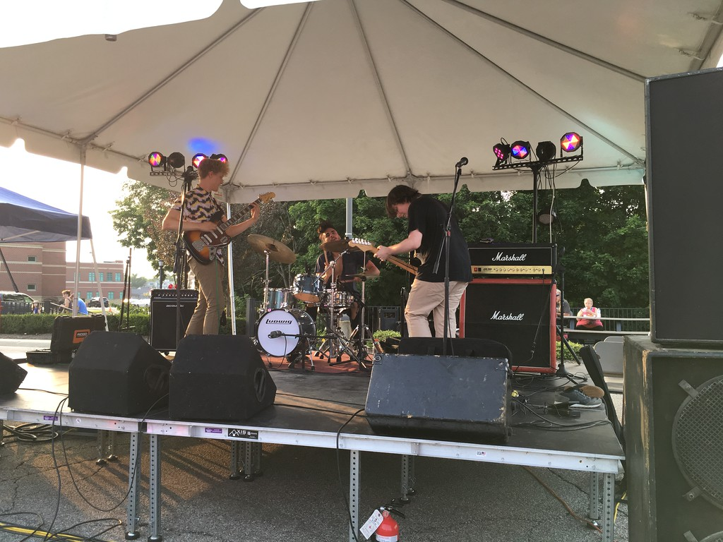 . Richard Payerchin � The Morning Journal  The band Perfect Girl was among the musical acts to perform at the first ever Garford Arts Fest, which brought food, artists and music to Kerstetter Way in downtown Elyria. Hundreds turned out for the inaugural festival on Aug. 18, 2018.