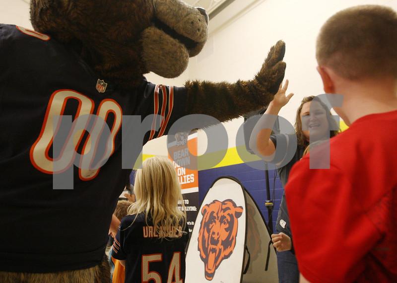 dcnews_082216_Bears_Bully_07