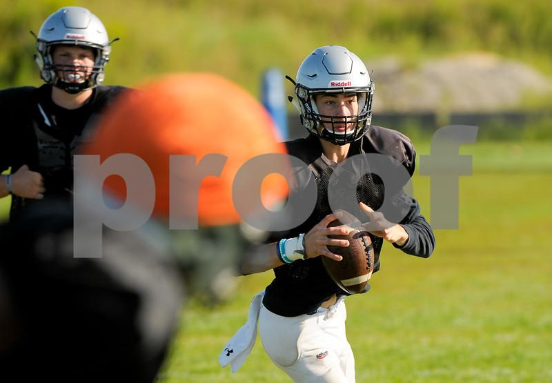 dc.sports.kaneland football-6