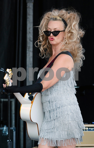 Christine Murphy of the band Rosie and the Rivets entertains on the main stage at the DeKalb Corn Fest<br /> on Saturday.  Steve Bittinger - For Shaw Media