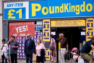 £1 shop POUNDKINGDOM, Ealing W5, London, United Kingdom