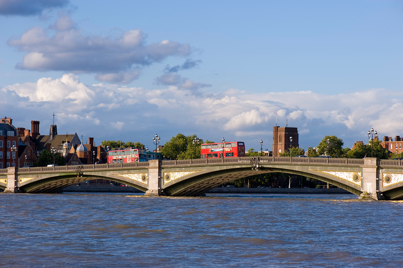 Battersea Bridge over Thames River, London, United KIngdom
